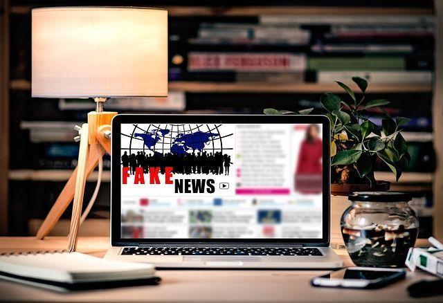 #JemeSpécialise : Info ou intox ? J'apprends à m'informer sur Internet |