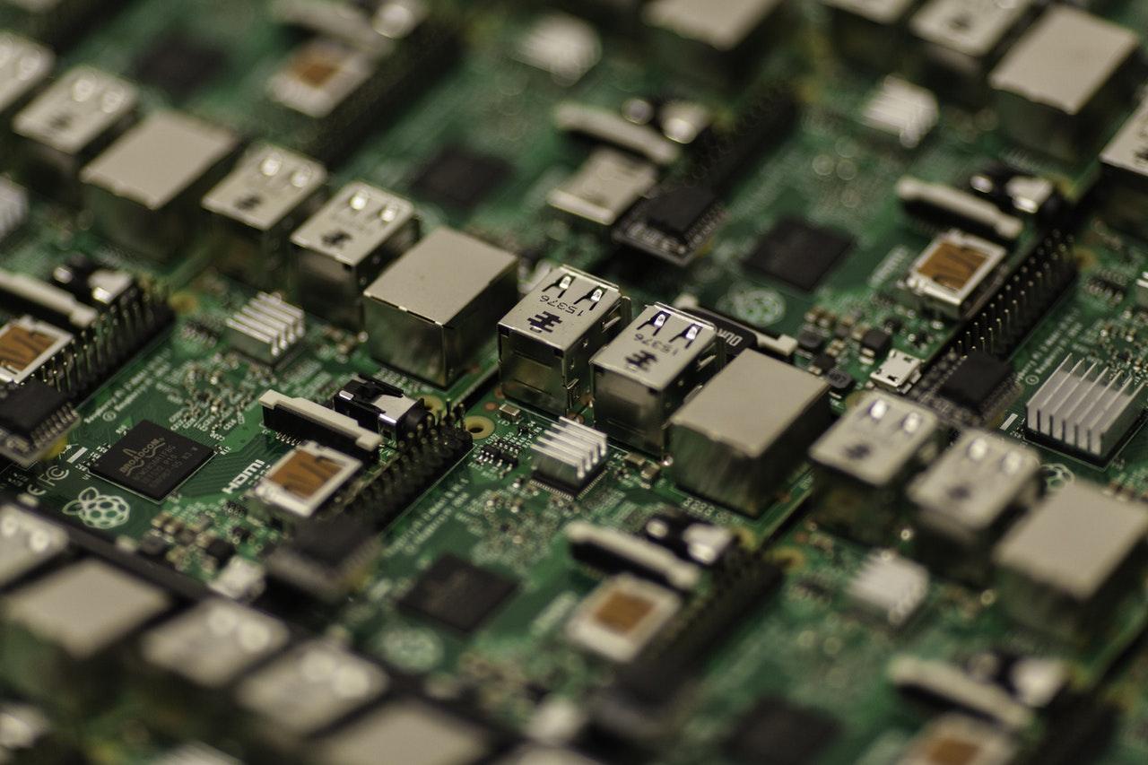 #JEDÉBUTE : A l'aide ! J'achète mon premier ordinateur  